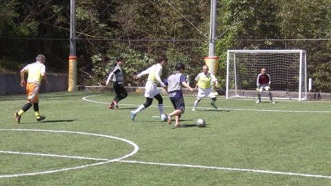 4/23(日) 第4回シニアフットサル at UNOフットボールファーム_a0059812_10424035.jpg