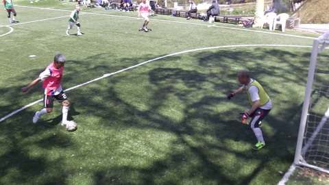 4/23(日) 第4回シニアフットサル at UNOフットボールファーム_a0059812_10440355.jpg