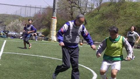 4/23(日) 第4回シニアフットサル at UNOフットボールファーム_a0059812_10455162.jpg