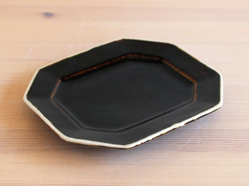 大沼道行さんのお皿をアップしました。_a0026127_18595867.jpg