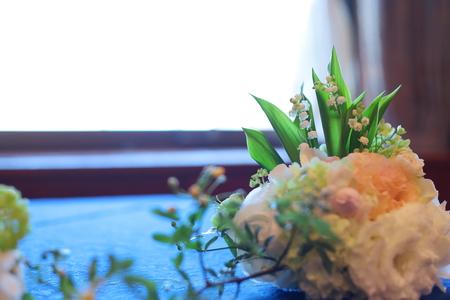 春の装花 如水会館様へ 今年初めてのスズランの卓上装花_a0042928_1283117.jpg