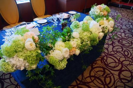 春の装花 如水会館様へ 今年初めてのスズランの卓上装花_a0042928_1293080.jpg