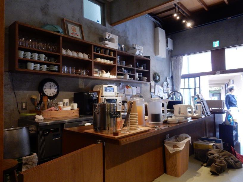 立ち食いうどん屋の外国人旅行者と豊島区椎名町のインバウンドの話_b0235153_11122516.jpg