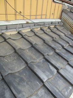 埼玉県の新座市で、瓦葺き直し工事_c0223192_17484915.jpg
