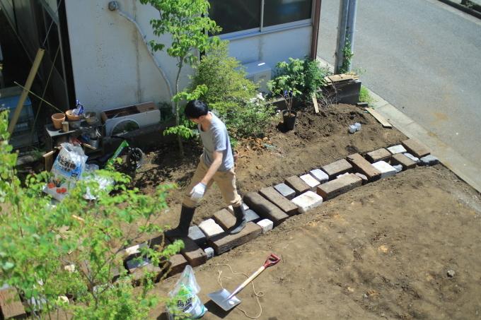 庭4年目。庭づくりをふりかえる③アプローチ_e0375293_23351415.jpg