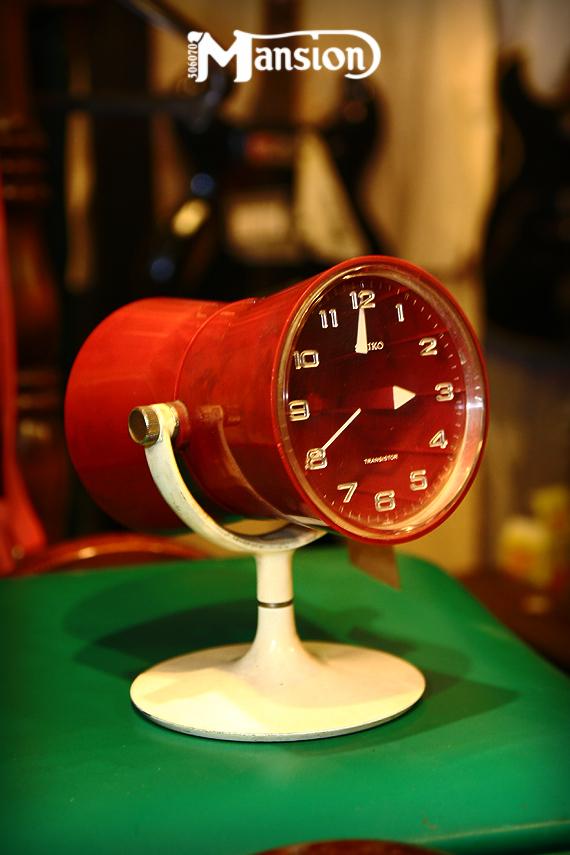1970s Vintage SEIKO セイコーの置型トランジスタ時計 スペースエイジ_e0243096_21404015.jpg