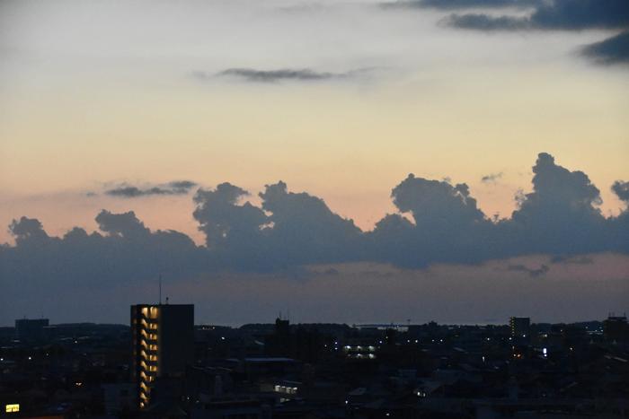 じわじわ早起きになる季節です (*^_^*)_c0049299_21124286.jpg