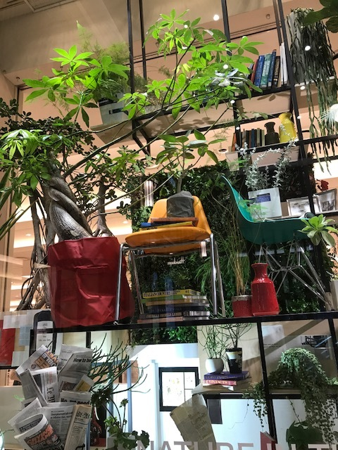阪急百貨店 ショウウインドウ_f0204295_16073822.jpg