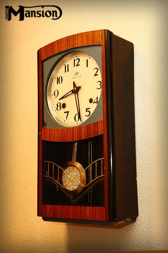 1960s Vintae 壁掛時計 ちょっと変わった振子_e0243096_12374028.jpg