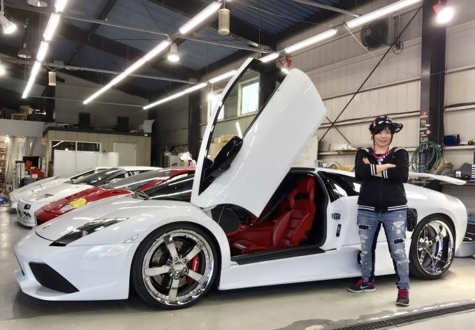 スーパーカーに乗って。_f0115311_01402301.jpg