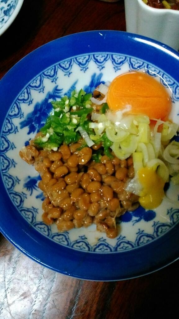 納豆定食と我が家のミニ盆栽_c0162773_00481624.jpg