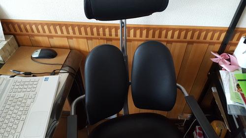 待ちに待った椅子_c0160277_11213783.jpg