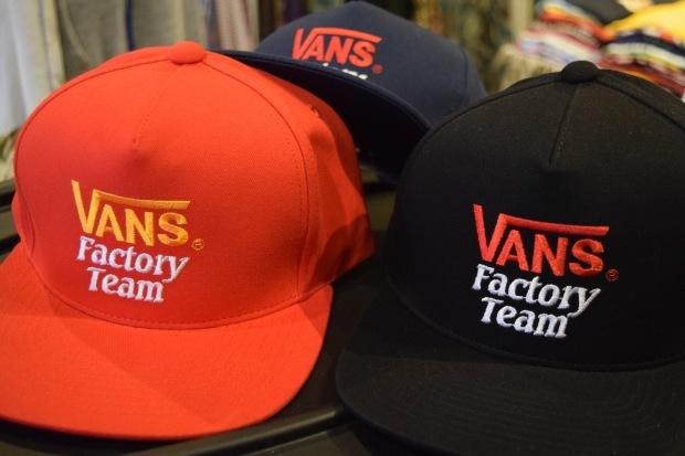 『VANS × SD Checker Box Logo Long Sleeve T』!!!_c0355834_19154362.jpg