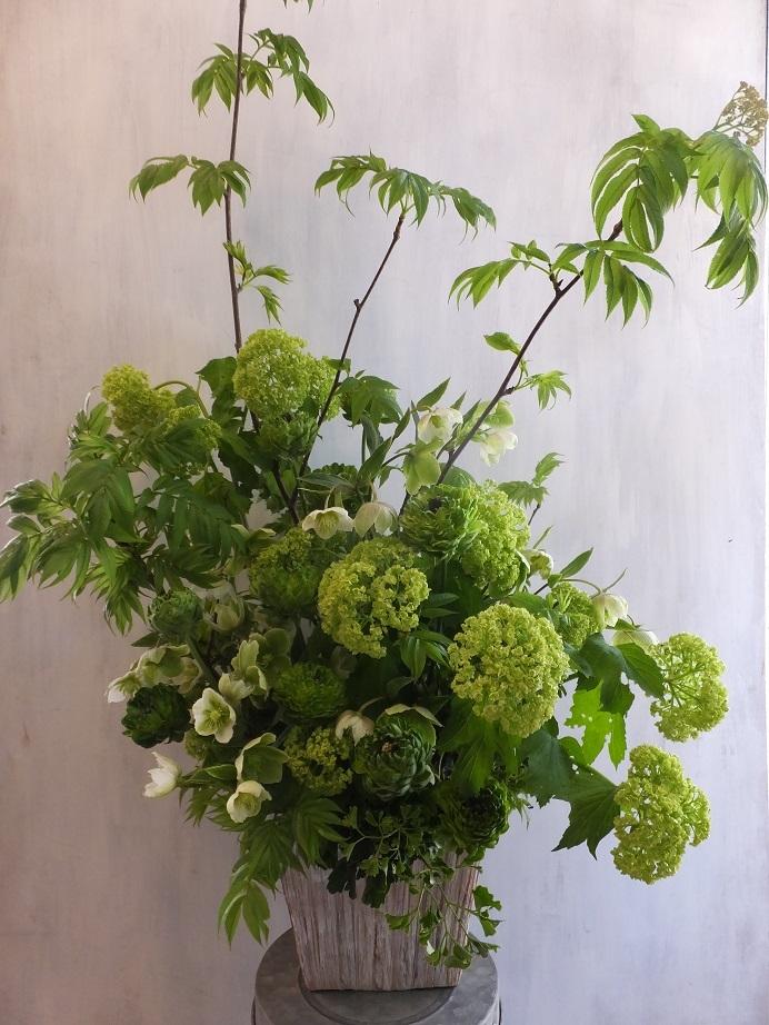 オークリーフ(緑色の花のアレンジメント)_f0049672_18030119.jpg
