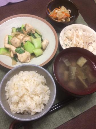 鶏肉とチンゲン菜の炒め物_d0235108_20544123.jpg