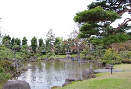 東北桜旅 〜弘前寄り道篇〜_f0197215_13465352.jpg