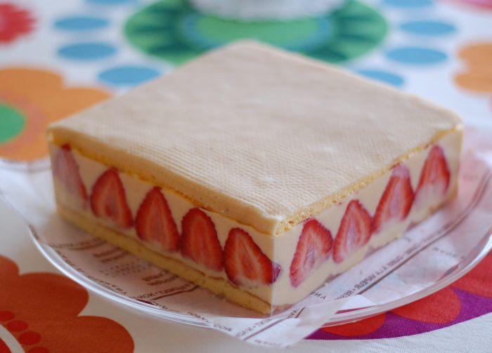 5月販売ケーキ フレジェ _f0224567_00445513.jpg
