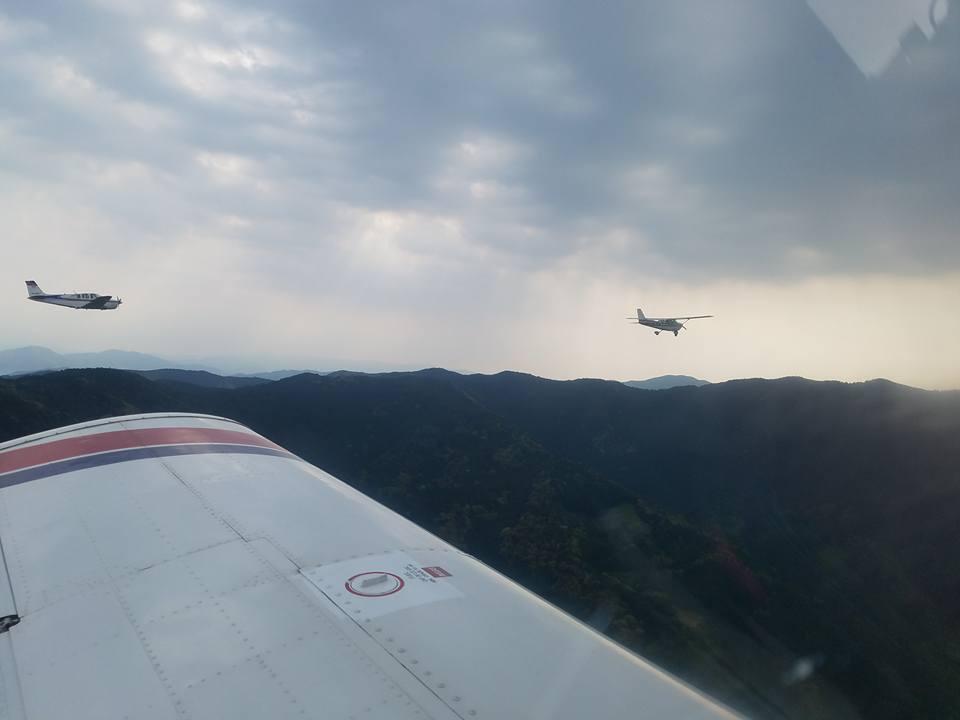 松山空港から約30分、瀬戸内の島々を見ながらのフライトは最高でした。_c0186691_1164747.jpg