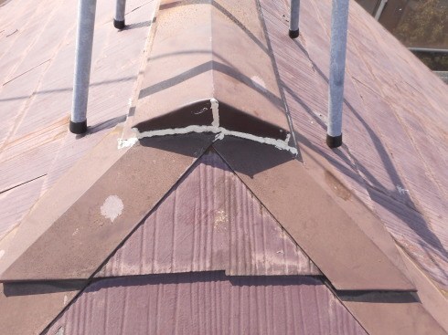 外装リフォーム・屋根棟の修理_f0140817_23482856.jpg