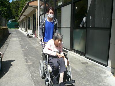 5/2 散歩_a0154110_1115128.jpg