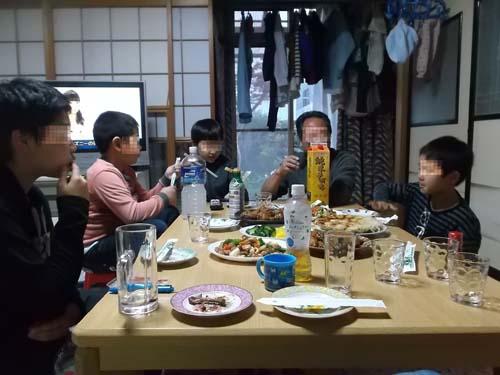 夕食は長男の家で_f0019498_20505070.jpg
