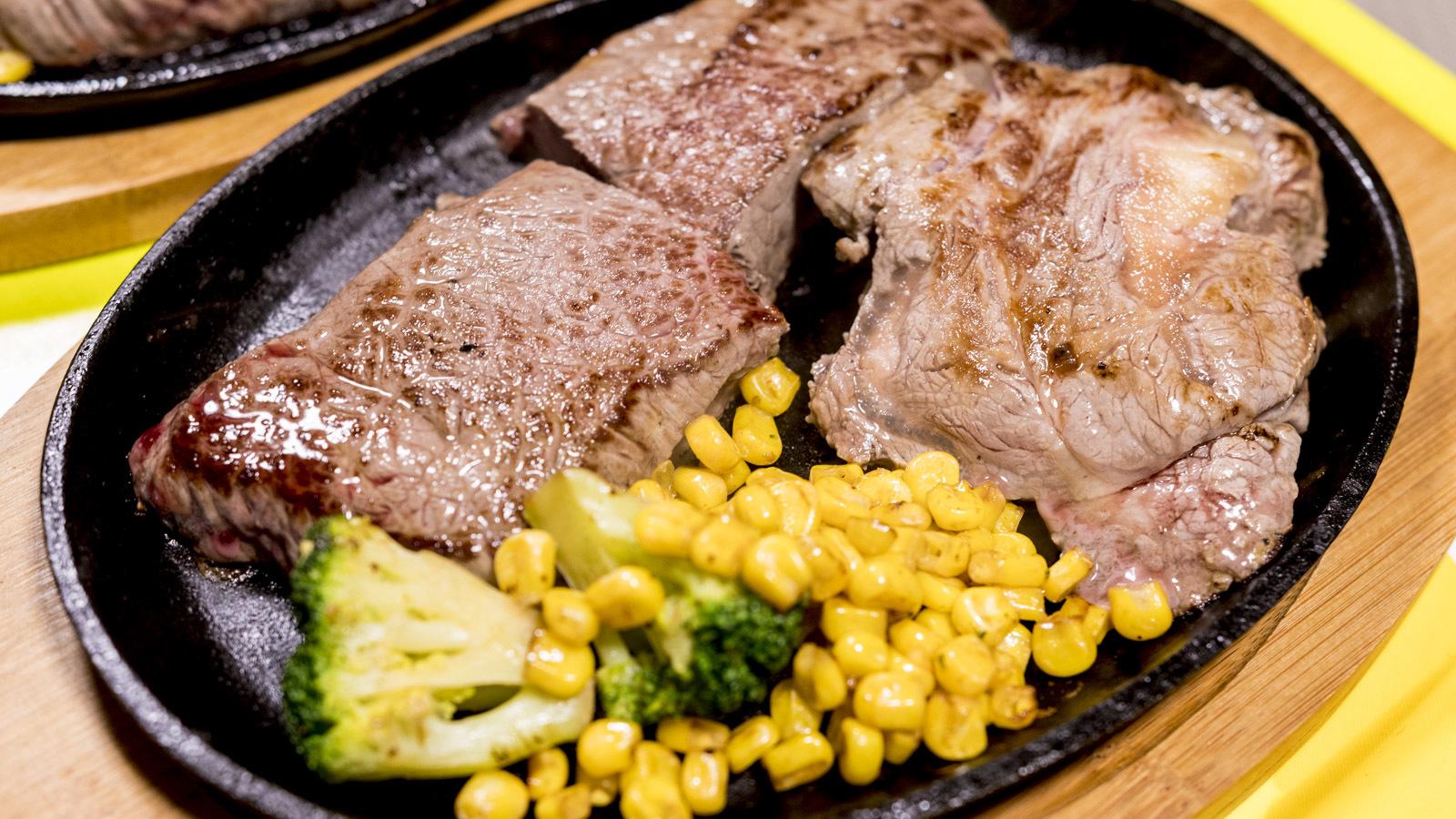 ワイルド・スピードを見ると肉が焼けてクルマが直り、プラモが大量に完成する話。_b0029315_22140233.jpg
