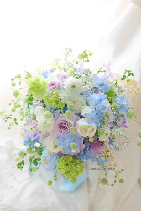 新郎新婦様からのメール 青と紫のクラッチブーケ 八芳園さまへ_a0042928_21144492.jpg