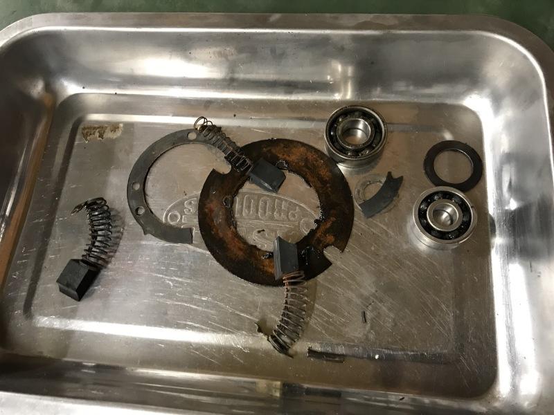 充電系修理_e0354647_12242160.jpg