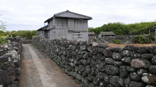 海界の村を歩く 東シナ海 黄島 (長崎県)_d0147406_09283763.jpg