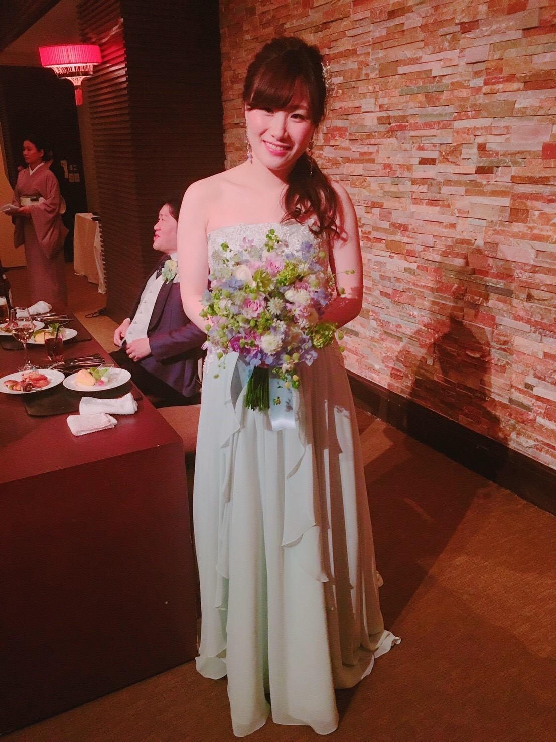 新郎新婦様からのメール 青と紫のクラッチブーケ 八芳園さまへ_a0042928_102847100.jpg