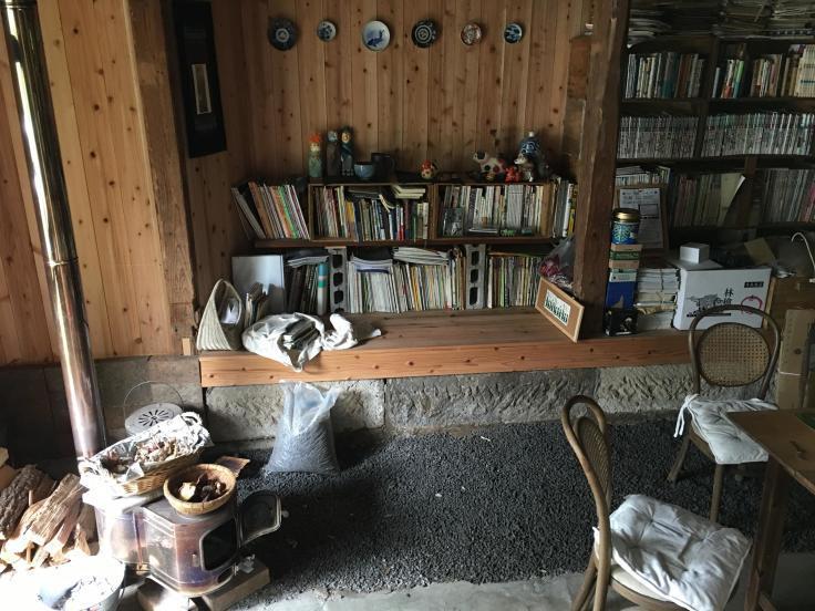あなたがいつか話してくれた猫たちを僕らは訪ねて来た_b0060239_19361903.jpg