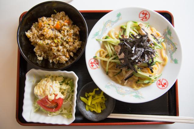 """""""中華のサカイ本店""""で冷麺_e0369736_07300678.jpg"""