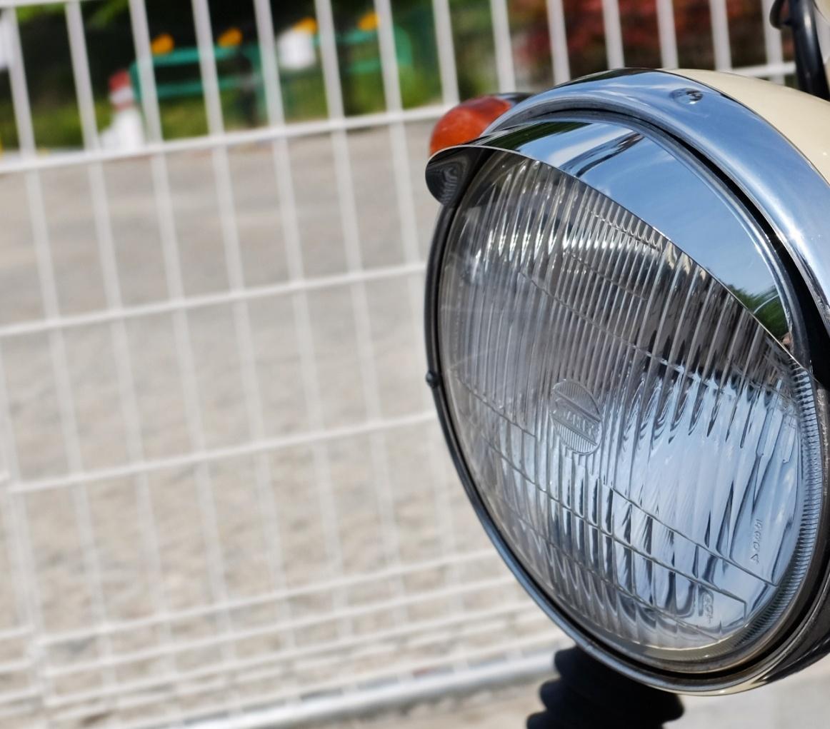 ヘッドライトバイザーの取り付け_d0233770_204042100.jpg