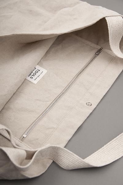 TOOLS EVENING PAPER BAG_d0120442_11165078.jpg