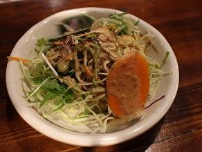 ナマステ・ギット・ガザルでチベッタン・チュウメン食べてみた_c0030645_20534351.jpg