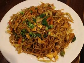 ナマステ・ギット・ガザルでチベッタン・チュウメン食べてみた_c0030645_20584568.jpg