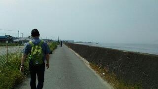 連休は、よく歩いていました。_e0173350_18044040.jpg
