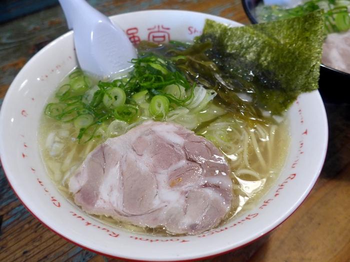 那覇・小禄「琉球新麺 通堂 (とんどう)」へ行く。_f0232060_13552377.jpg