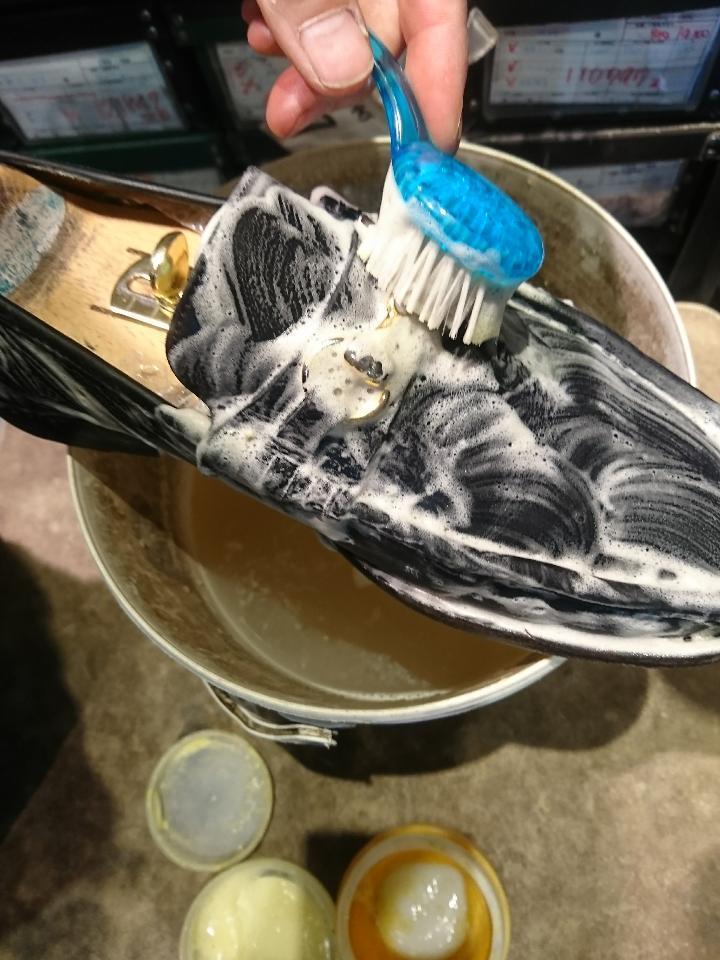 靴を洗います(洗いました!編)_b0226322_18225152.jpg