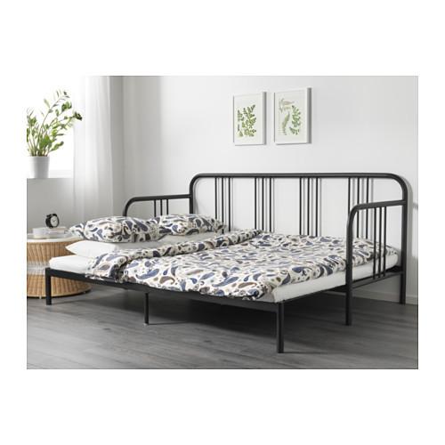 IKEAのソファベッドを買いました_b0253226_07252250.jpg