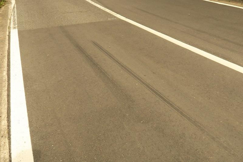 コンチネンタルタイヤの新製品を考察する_f0076731_19283925.jpg