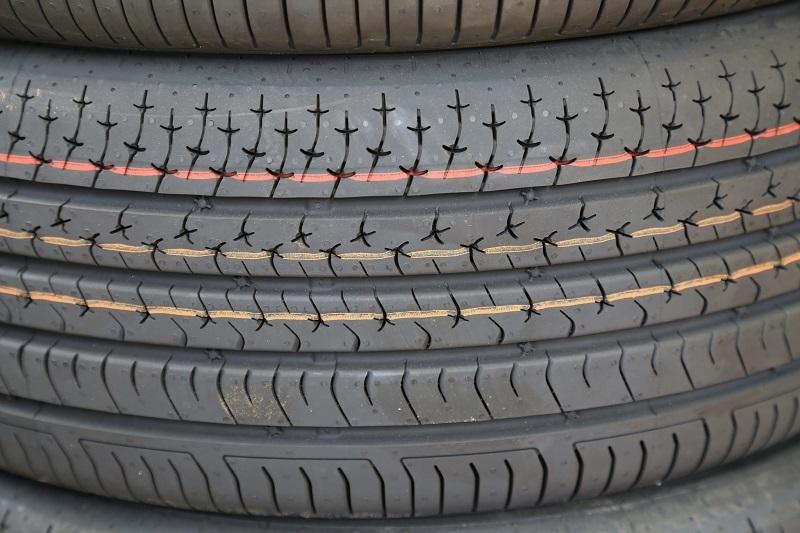 コンチネンタルタイヤの新製品を考察する_f0076731_20484389.jpg