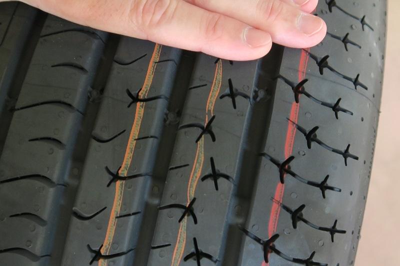 コンチネンタルタイヤの新製品を考察する_f0076731_20584683.jpg