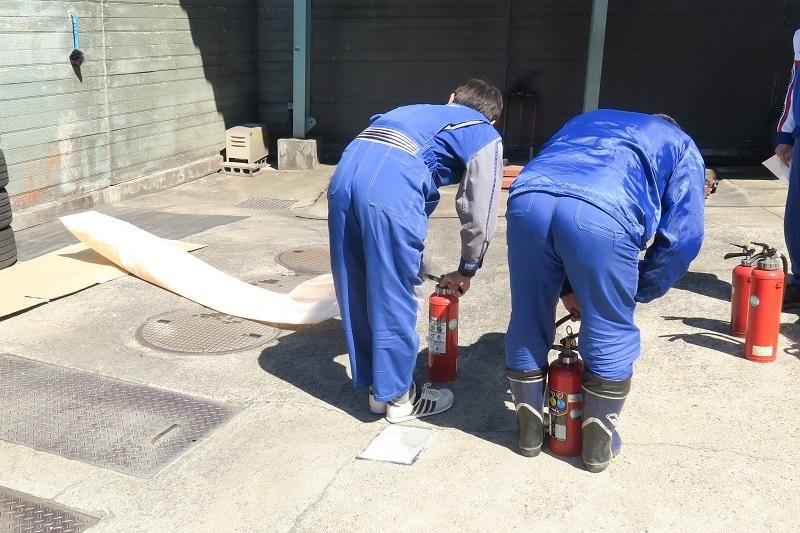 コンチネンタルタイヤの新製品を考察する_f0076731_21033787.jpg