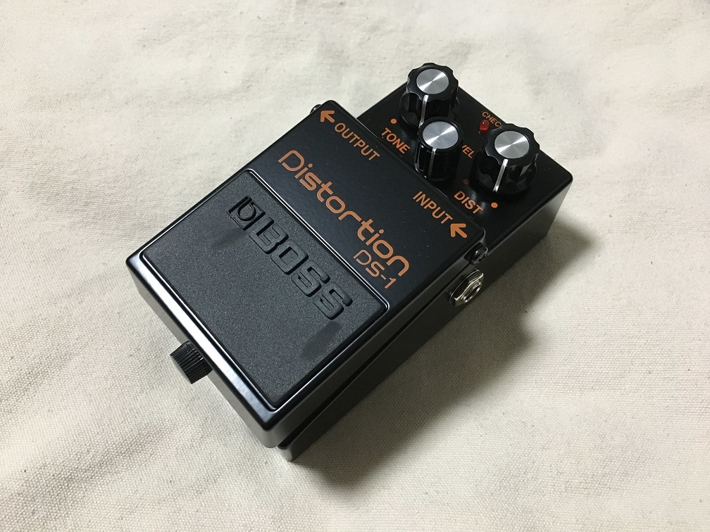 "BOSS""DS-1 Limited Edition Black Distortion""_e0052576_00312420.jpg"