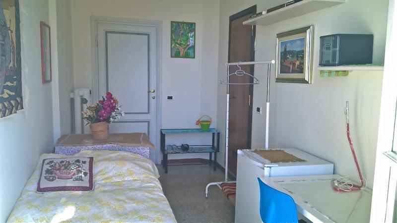 フィレンツェで一泊38ユーロの民泊_a0136671_01133493.jpg