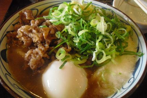 丸亀製麺 『牛とろ玉うどん』_a0326295_18471634.jpg