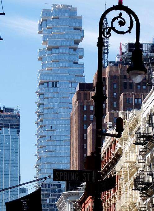 NYで話題のジェンガみたいな新築高層コンドミニアム、56 Leonard_b0007805_9583164.jpg