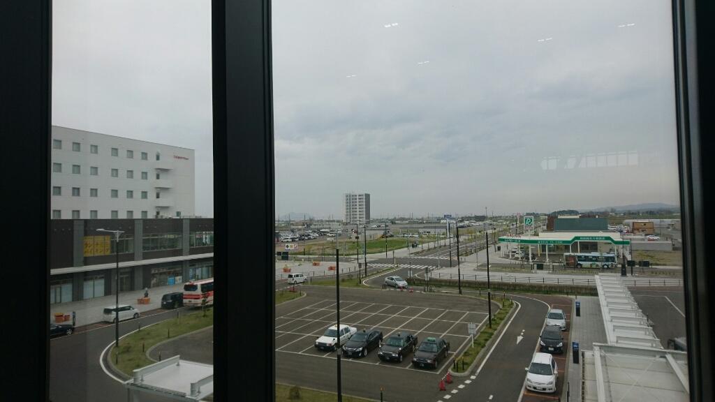 新函館北斗駅のショップおがーるにずーしーほっきーポケットティッシュケースを納品_b0106766_20483566.jpg