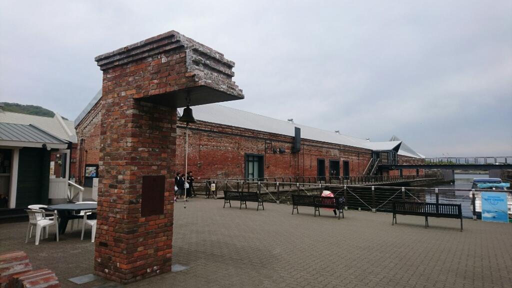 金森倉庫の鐘。亀梨和也さんが鳴らした鐘です。_b0106766_21034562.jpg